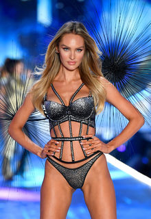Candice Swanepoel in sexy lingeries runway photos