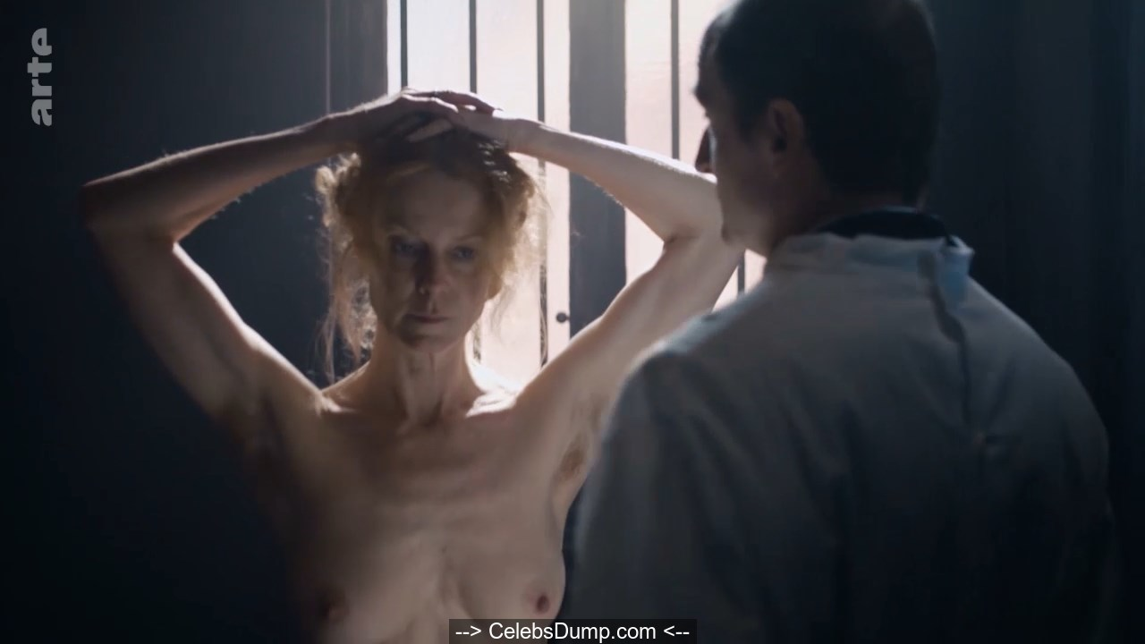 Schweins naked esther Esther Schweins