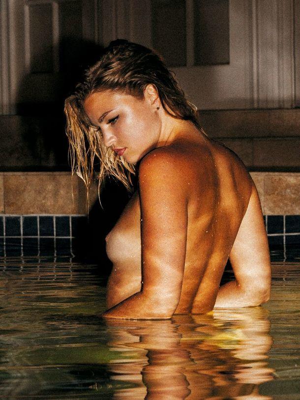 Nackt Jennifer Ulloa  Celebrity videos