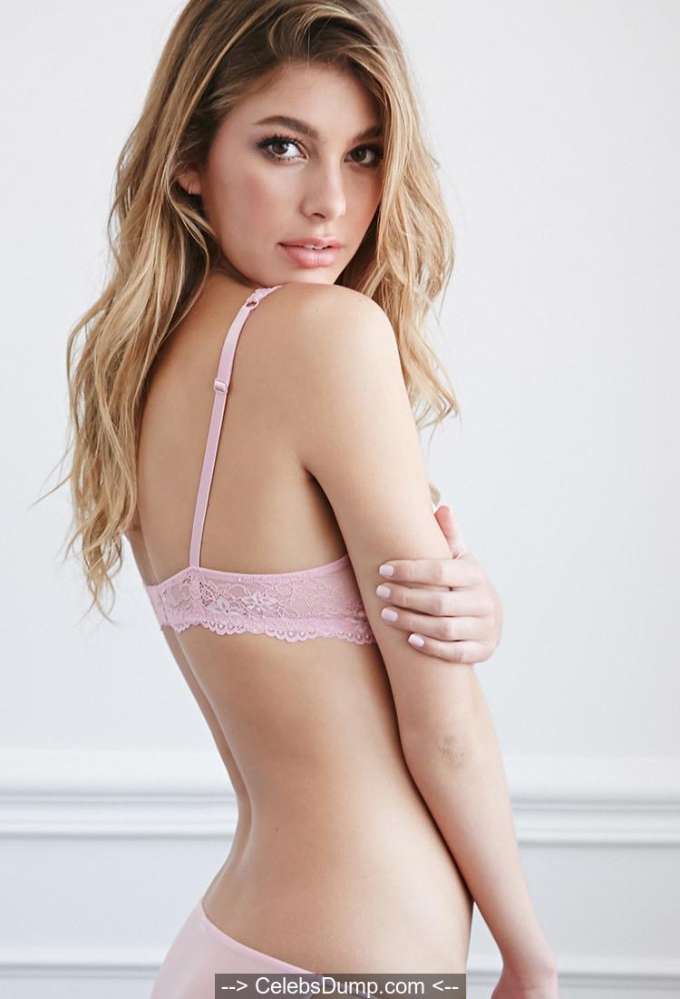 Camila Morrone Tits