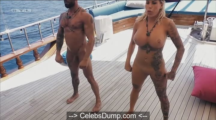 gina lisa boobs