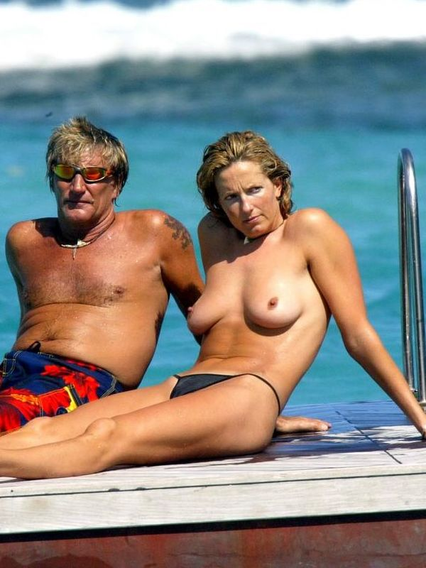 Penny Lancaster Nude, Fappening, Sexy Photos, Uncensored