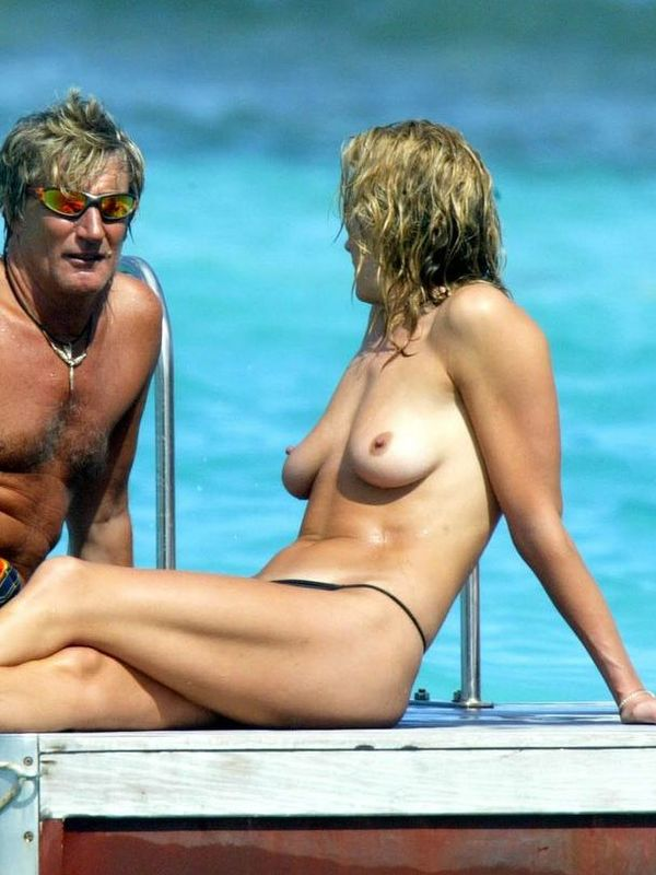 Penny Lancaster Nude Photos And Pics