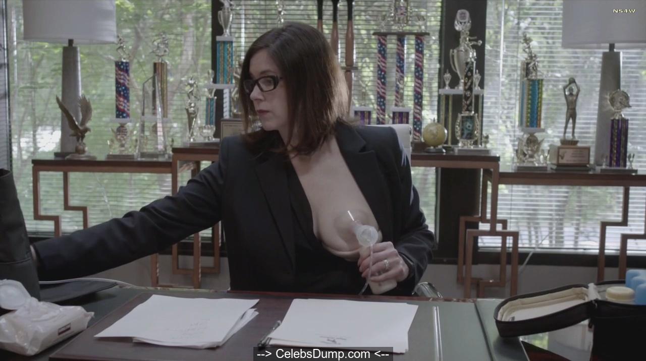 Farrington  nackt Amy Amy Farrington