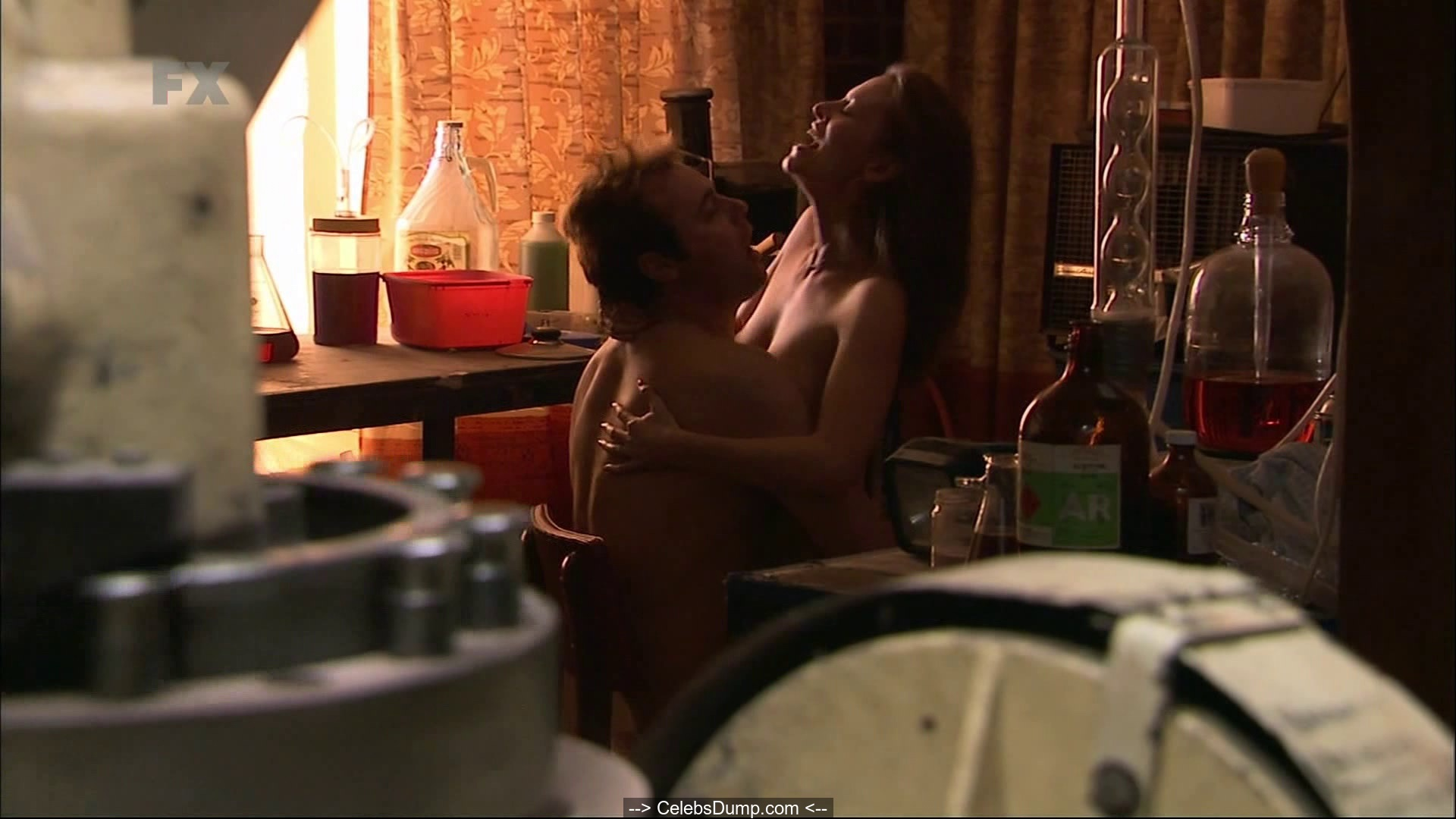 Nackt  Ria Vandervis Rita Ora