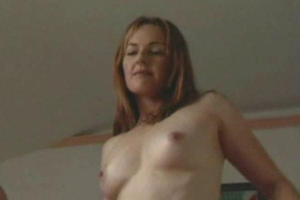Kathryn Newton Flaunts Breasts