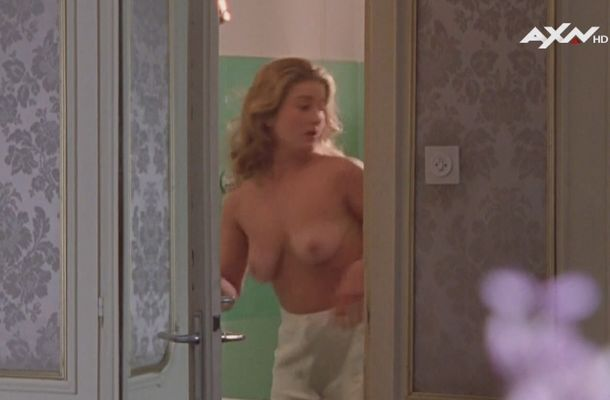 Nina franoszek nackt