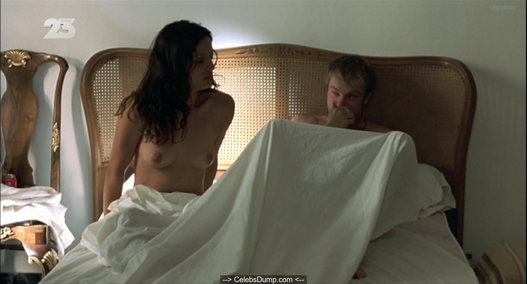 Leonor Verela  nackt