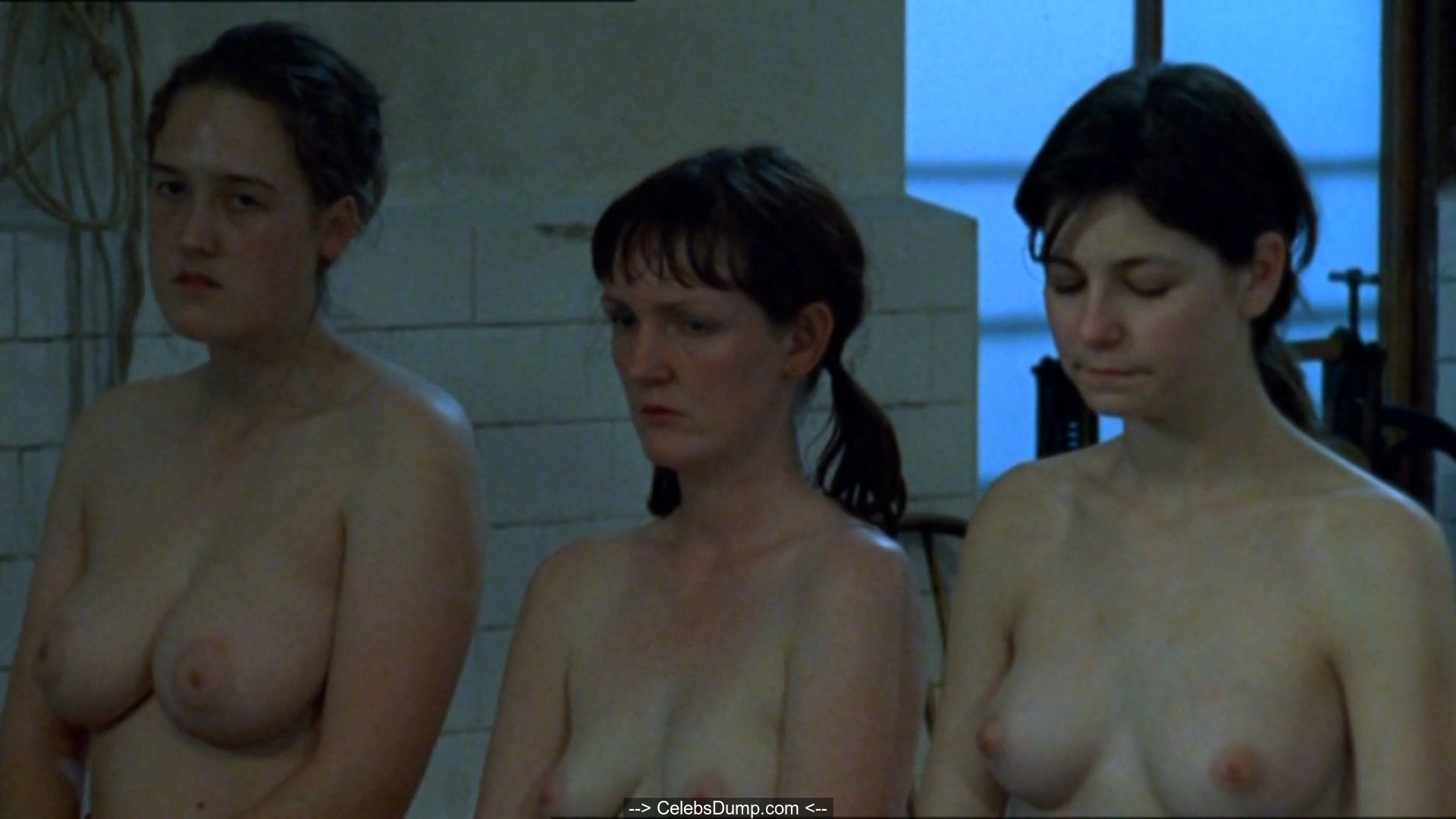 Nora-Jane Noone Topless
