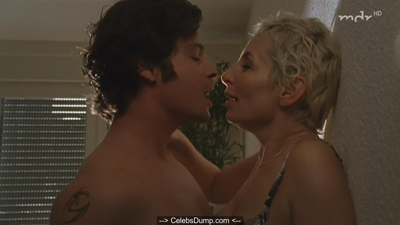 Teresa Simpson  nackt