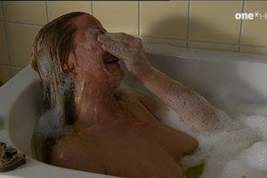 Jennifer Steffens  nackt