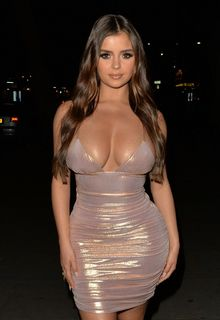 Demi Rose leaving STK London after latest campaign Demi Rose Oh Polly bikini collection in London - June 16, 2019
