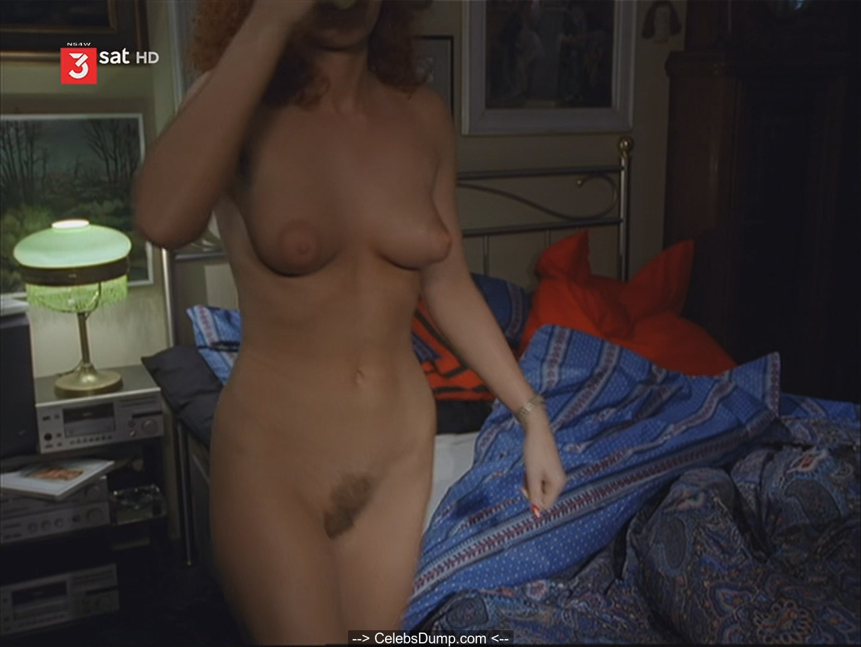 Anna-Katharina Muck  nackt