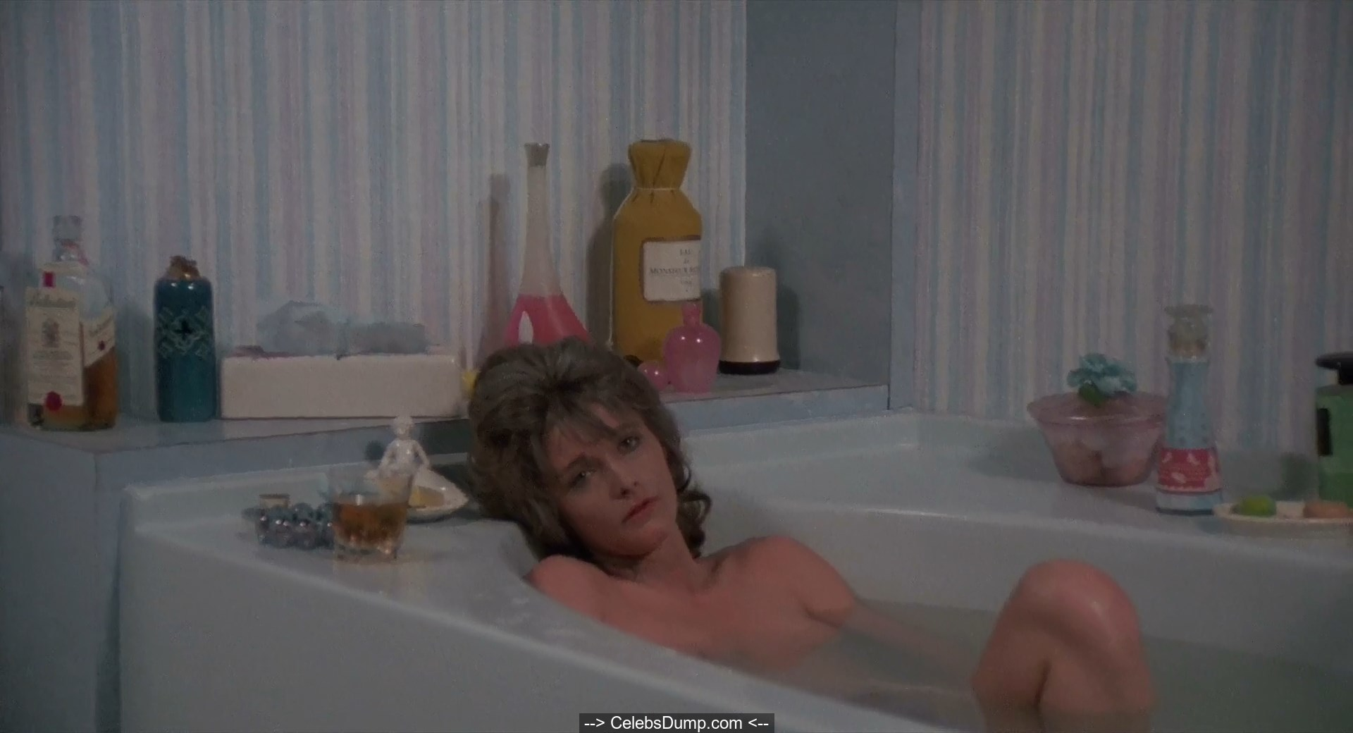 Celeb Jennifer O'dell Does Full Nudity