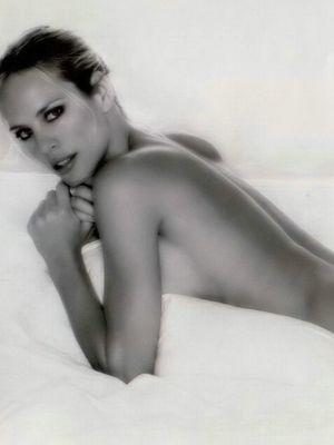Camilla Sjoberg  nackt