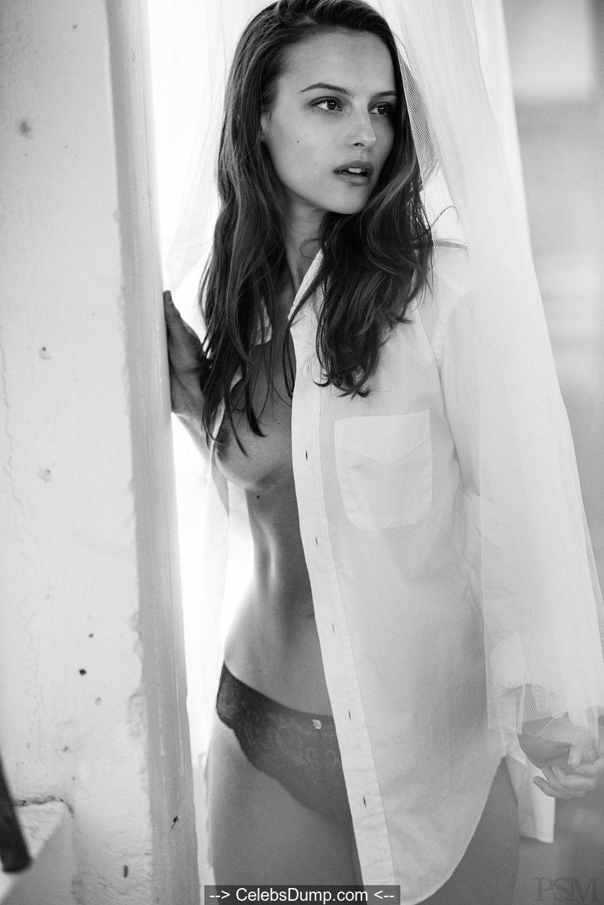 Emma Paterson  nackt