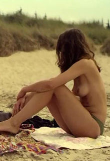 Zinnini Elkington, Lea Gregersen in bikini at topless at Ud, spring over, ind (2013)