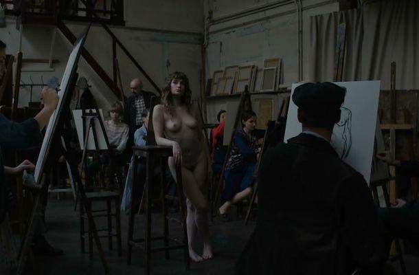 Portail  nackt Romane Milena Tscharntke