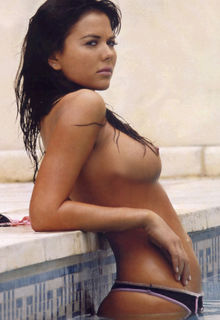 Karina Jelinek topless in Paparazzi magazine - November 2005