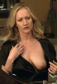 Paula Malcomson nude boob at Ray Donovan S04 E01 (2016)