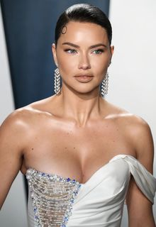 Adriana Lima at 2020 Vanity Fair Oscar Party in Beverly Hills - February 09, 2020