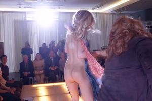 Leslie Bibb Nude