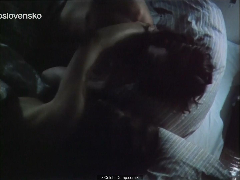 Nackt  Zora Kerova Hollywood Movies