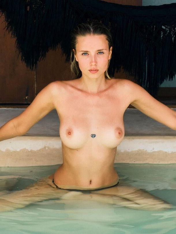 Nude polina Miley Cyrus